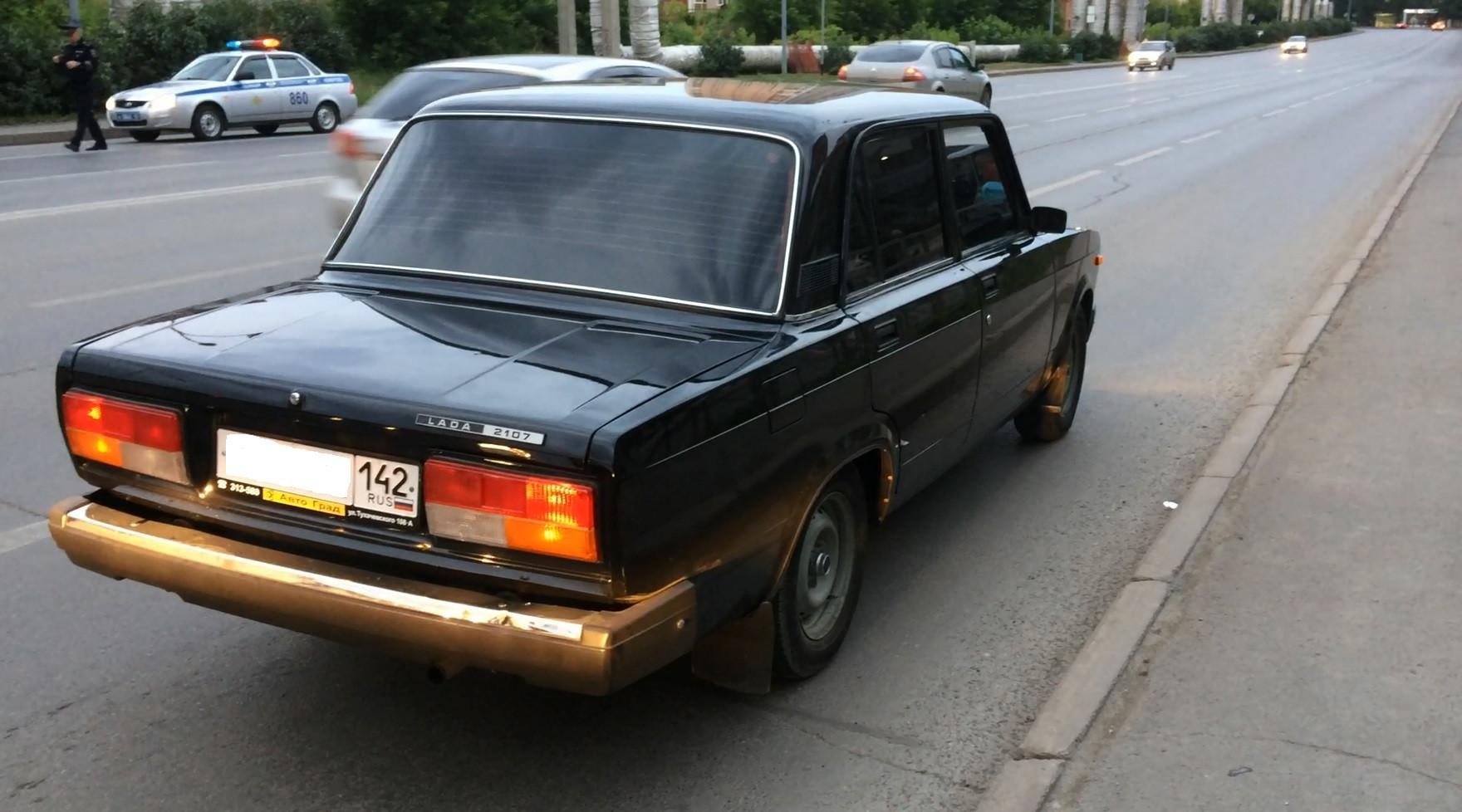 ВКемерово схвачен тринадцатилетний шофёр тонированной ВАЗ