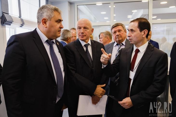 Слева направо: Владимир Чернов, Виктор Шевцов и Евгений Зубицкий. Фото: Александр Патрин / «Газета Кемерова»