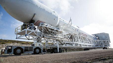 Запуск новой ракеты Falcon 9 Block 5 назначен на 10 мая