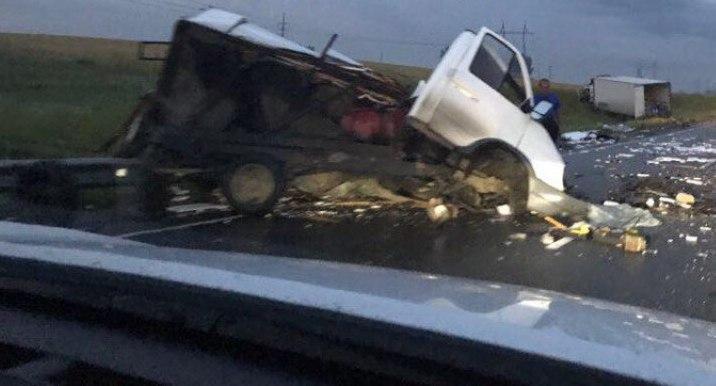 Кемеровчанин выжил вДТП с фургоном и«ГАЗелью» под Новосибирском