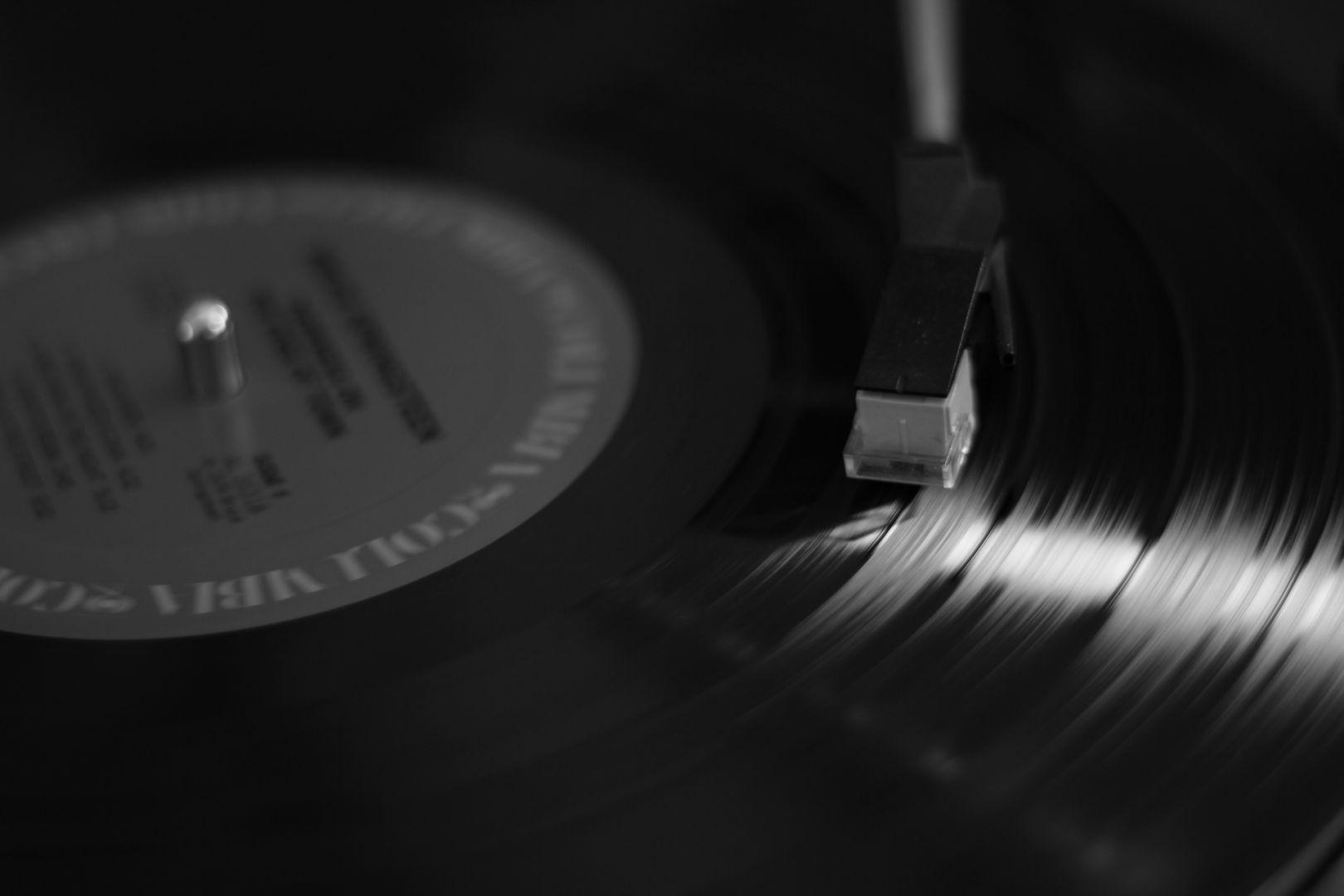Сони возобновит выпуск виниловых пластинок спустя 28 лет