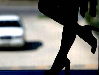 В столице приезжий пожаловался нанекачественную работу проститутки вполицию