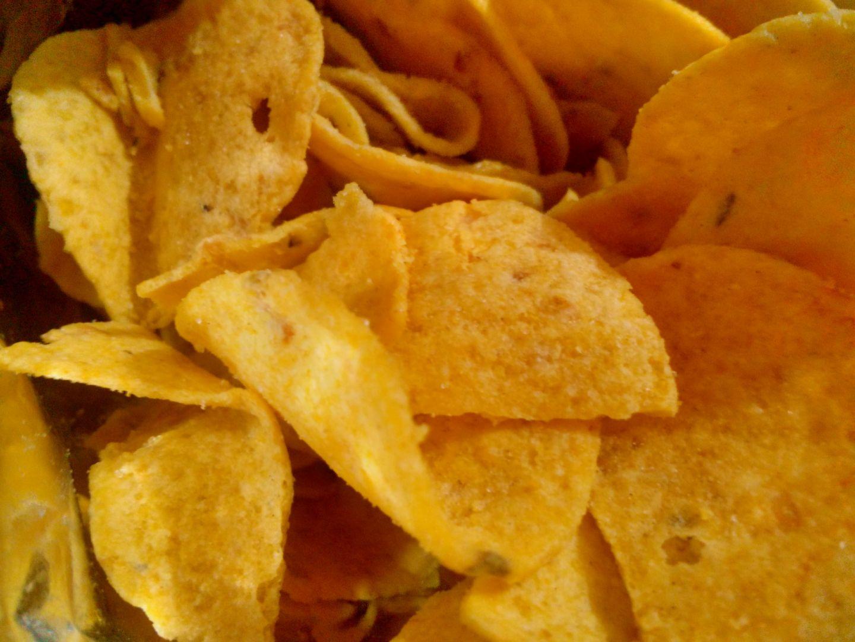 Ученые доказали, что чипсы вызывают зависимость, похожую наркотической