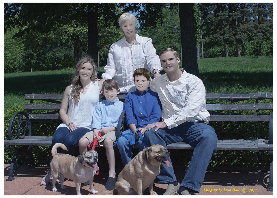 Безуспешная фотосессия семьи изсоедененных штатов шокировала Сеть