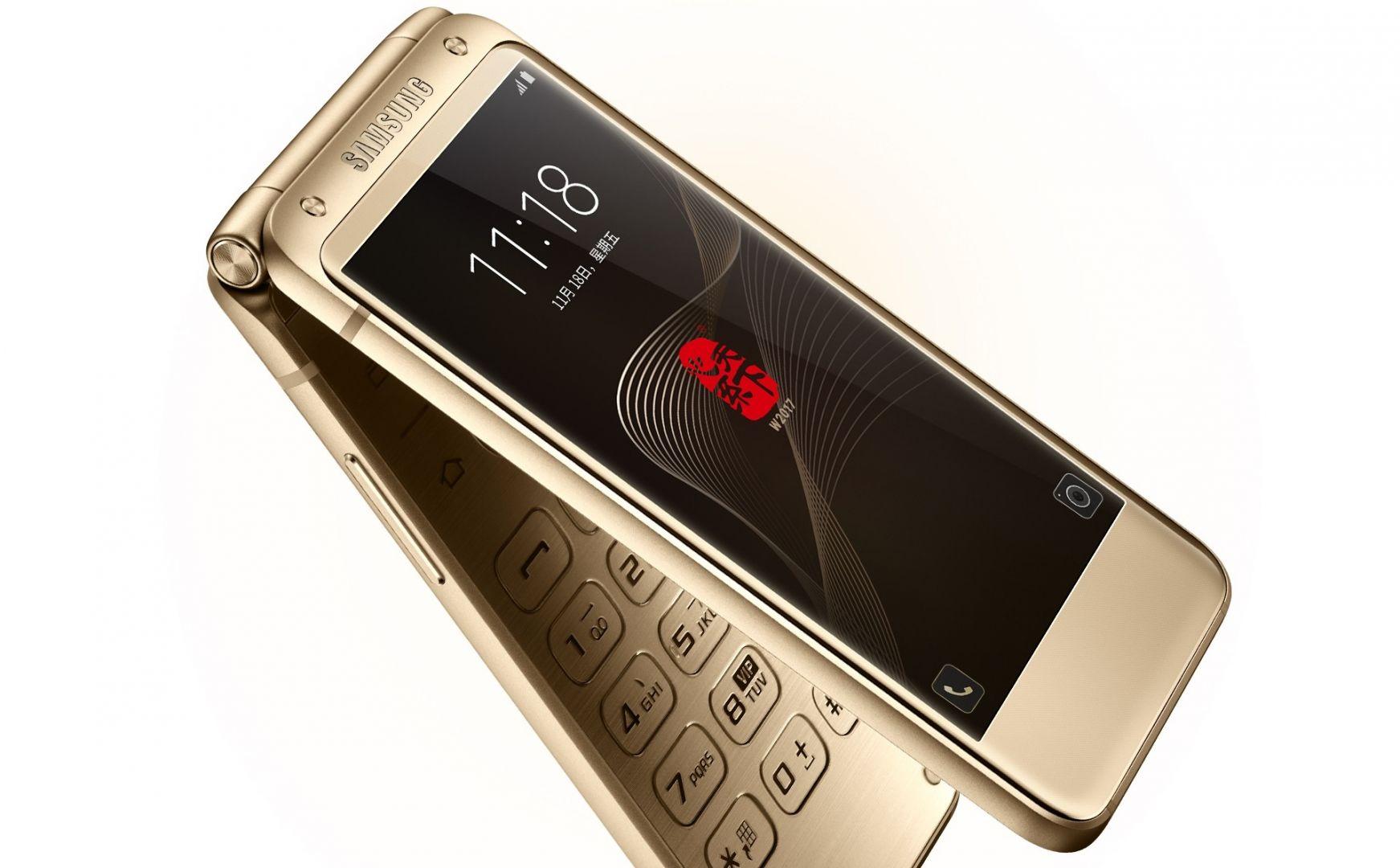 Новый телефон Самсунг оказался дороже iPhone X