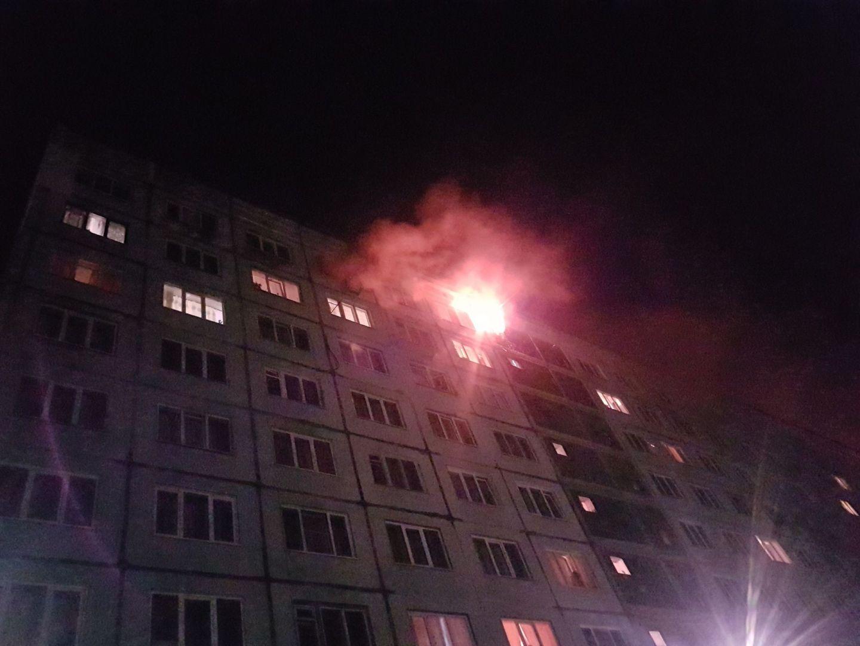 28 спасателей тушили кошмарный пожар вкемеровском общежитии