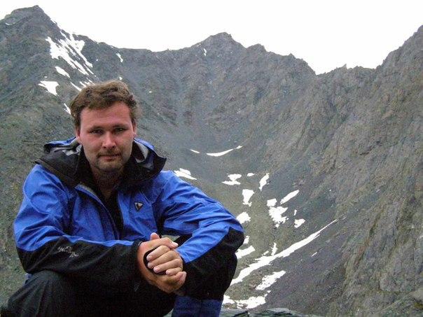 Кузбассовца, упавшего врасщелину вгорах Алтая, хотят эвакуировать навертолёте