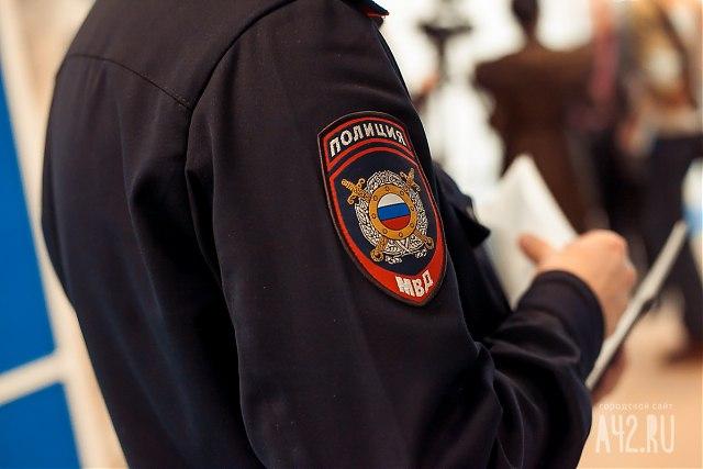 ВКузбассе бомж ворвался вдом иизбил женщину