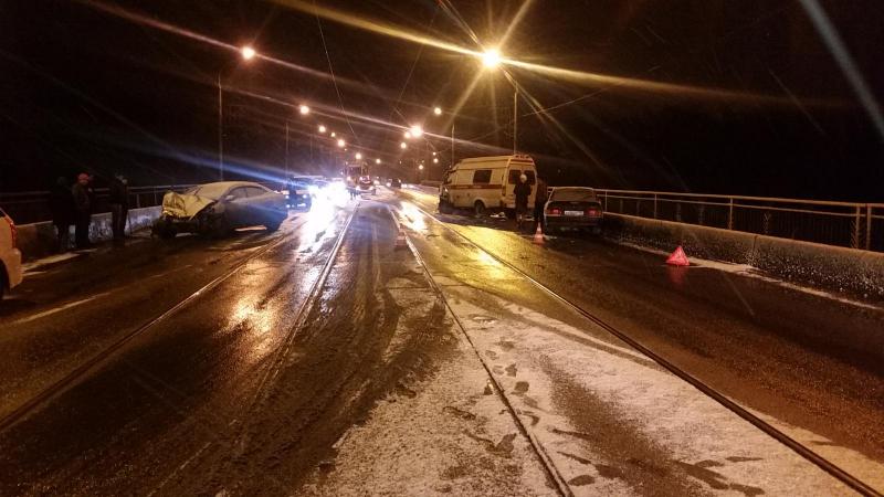 4 сотрудника «скорой помощи» пострадали вДТП вКузбассе