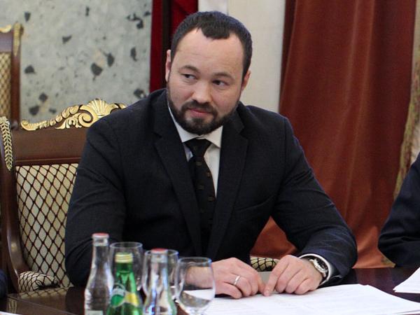 Петербургский парламентарий открывает политическую баттл-площадку