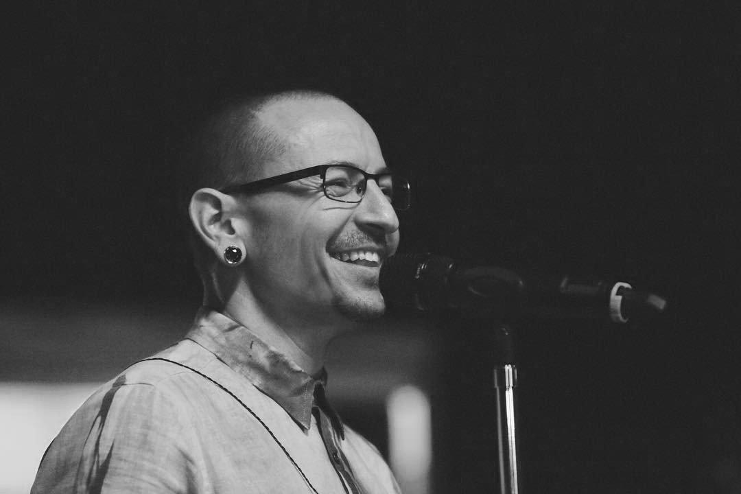 838633bde Опубликована последняя песня солиста Linkin Park Честера Беннингтона