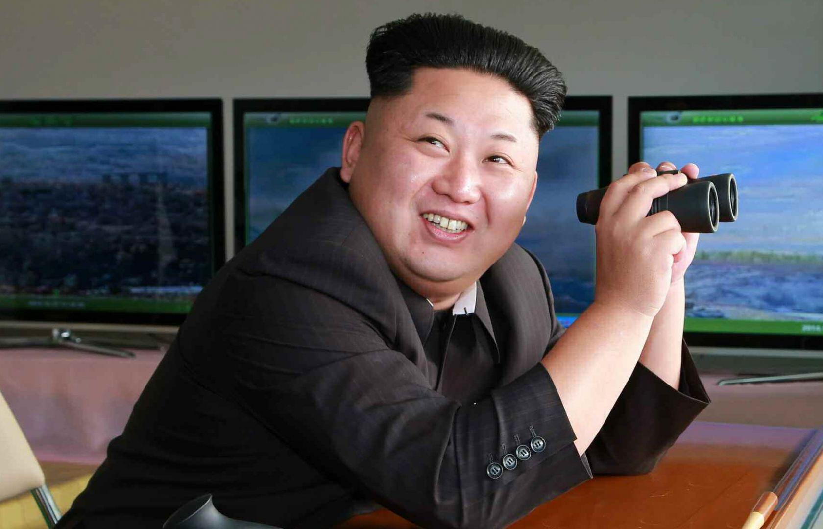 Ким Чен Ын распорядился армии быть готовой «сломать хребет врага»