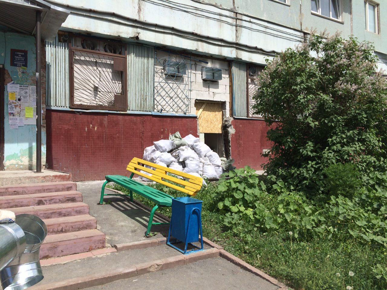 Кемеровчанин боится обрушения подъезда, как вМеждуреченске