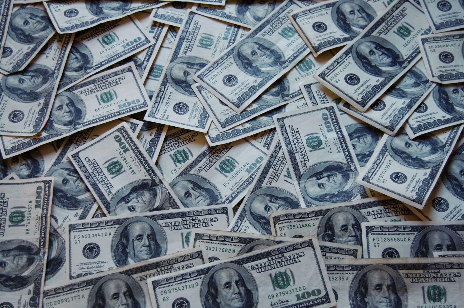 Русские олигархи разбогатели практически на17 млрд долларов запоследний месяц