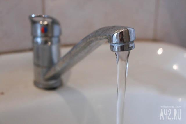 Практически 50 000 новороссийцев остались без воды врезультате аварии надороге натрубопроводе