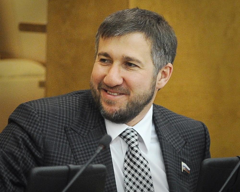 ДепутатГД Аникеев стал самым богатым парламентарием в2017 году