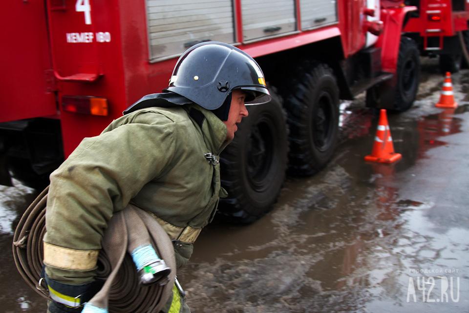 ВКузбассе загорелись автобус ПАЗ и«Газель»