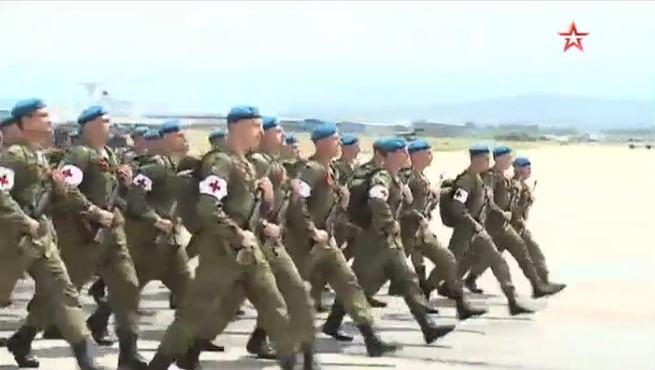 Наавиабазе Хмеймим состоялся военный парад
