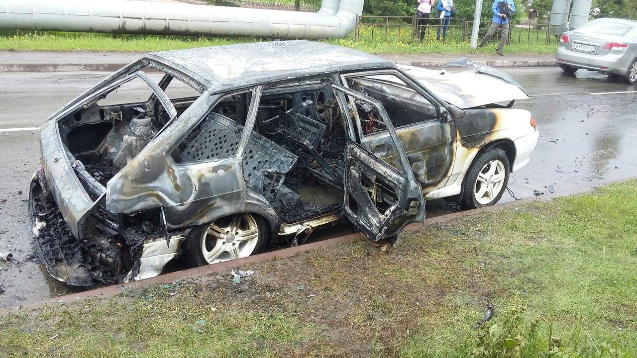 ВКузбассе должник сжег свою машину, чтобы неотдавать приставам