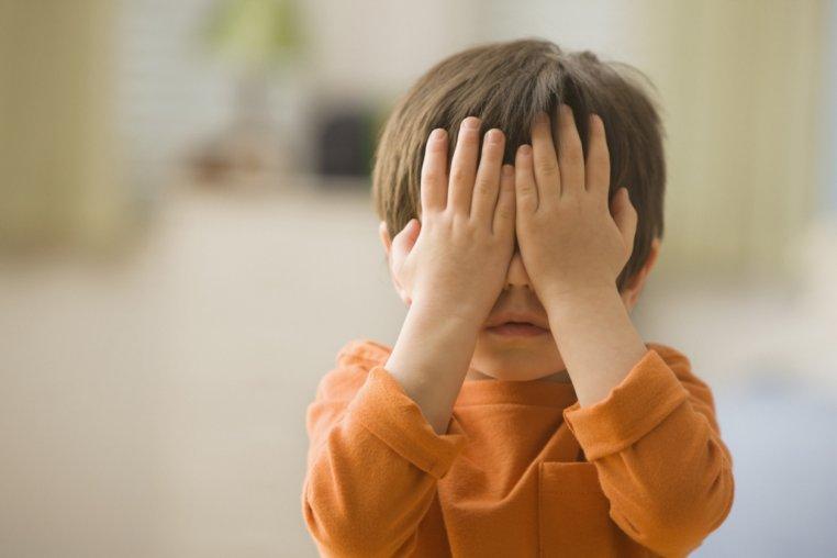 ВКитайской республике воспитательница детского сада призналась втом, что колола детей иголками