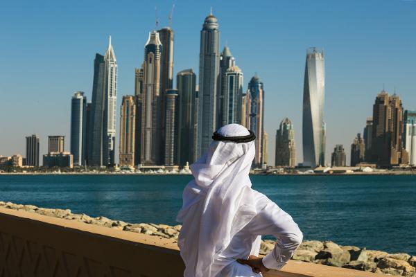 В Дубае россиянка напала на полицейского