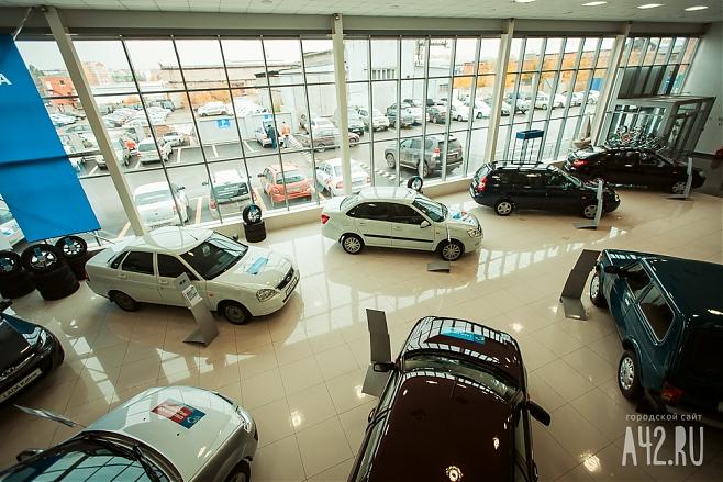 Программы поддержки спроса наавтомобиле на 2018-й год будут продлены— Минпромторг