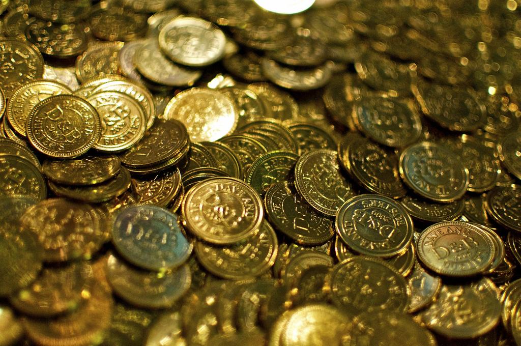 Во франции семейная пара нашла клад из старинных монет - газ.