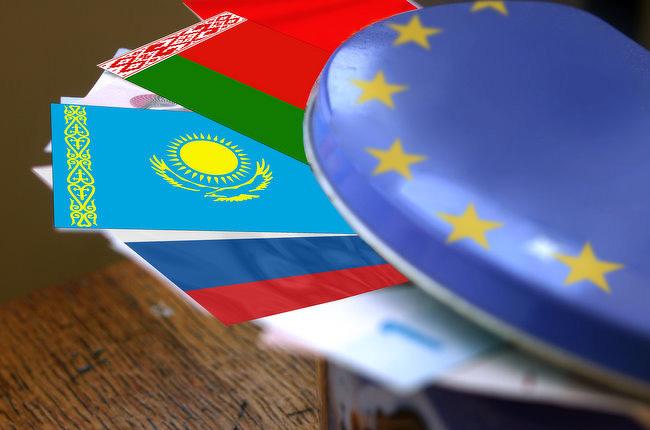 ЕС: Казахстану необходимо наладить отношения сРоссией иКитаем