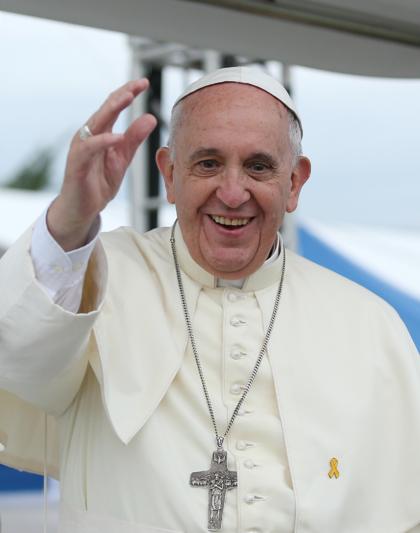 Папа Римский омоет ипоцелует ноги бывшим мафиози