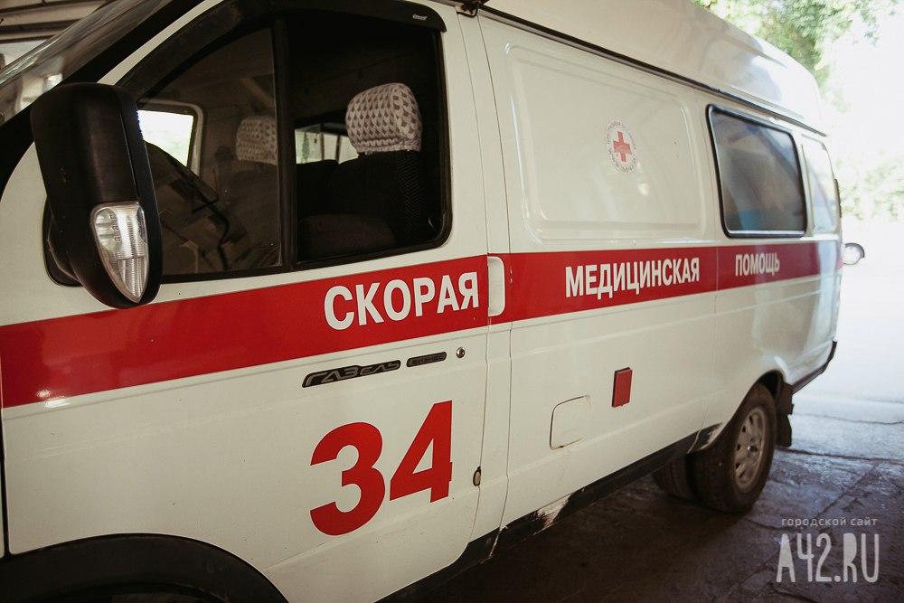 ВКемерово 20-летняя девушка упала счетвертого этажа