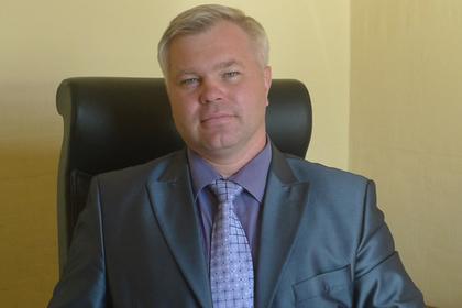 Высокопоставленного депутата  вКузбассе отстранили отдолжности задраку ссоседями