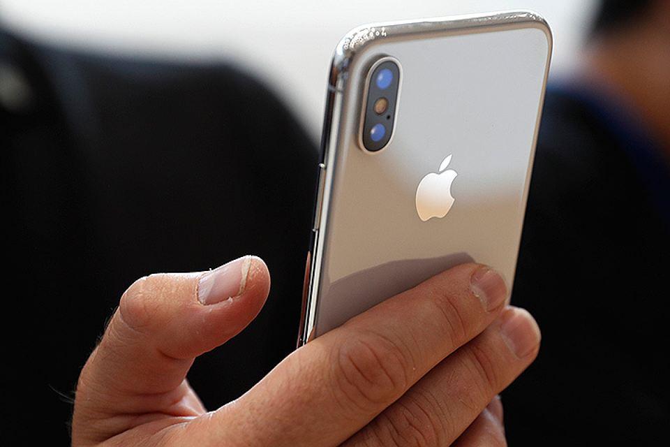 Российские пользователи считают iPhone X началом новой эпохи