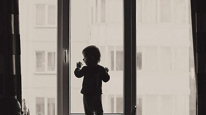 ВКузбассе ребенок выпал изокна 5-ого этажа
