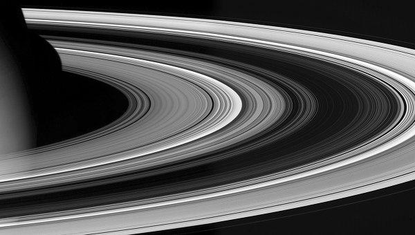 Фрагменты вкольцах Сатурна получали кошачьи имена Пушистик иНосочек