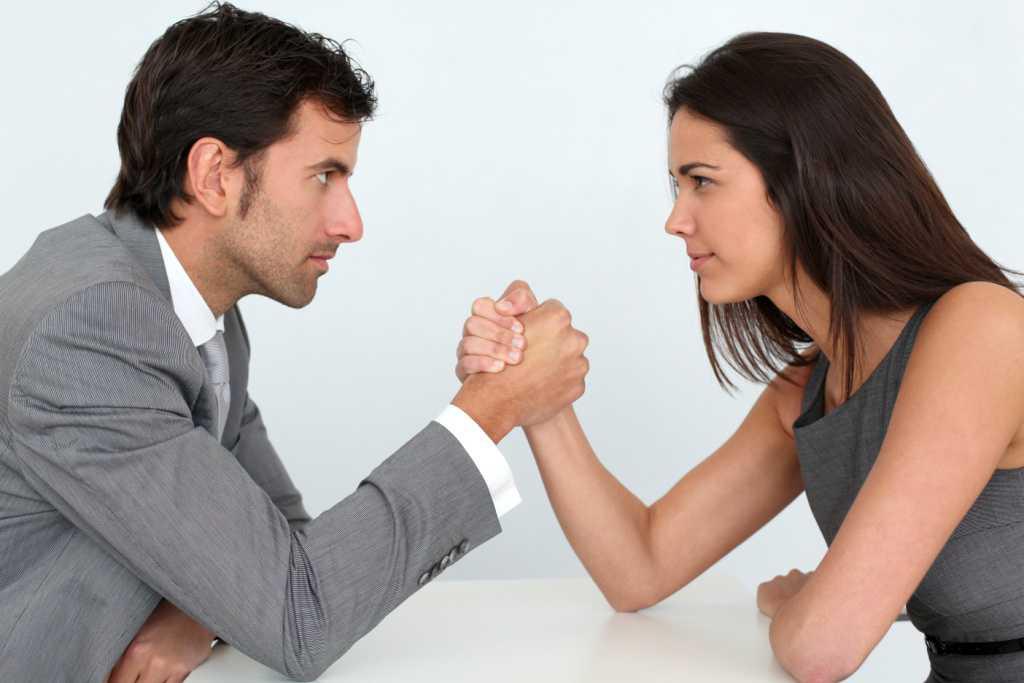 Kişilərin diqqətinə: Ağıllı qadınla evlənin, çünki...