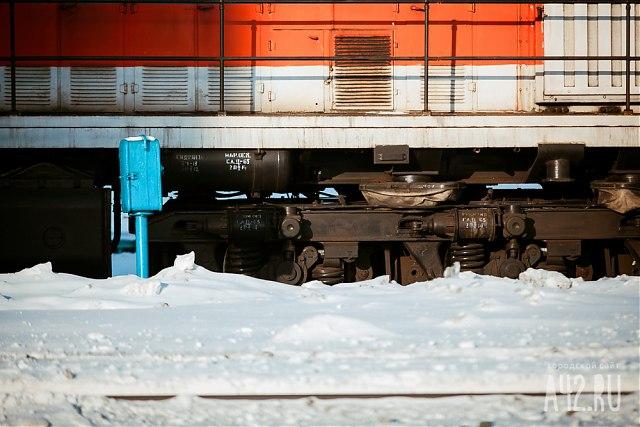 Настанции Яшкино мужчина умер под колесами поезда