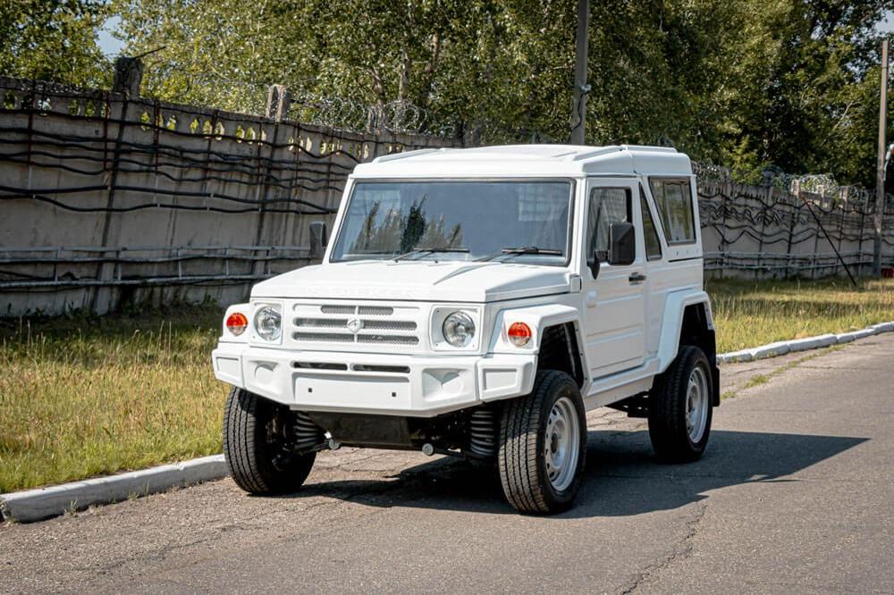 Производители официально подтвердили цену на русский джип «Сталкер»