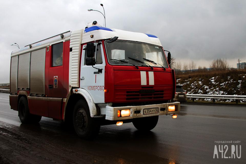 ВКемерове подожгли продовольственный магазин