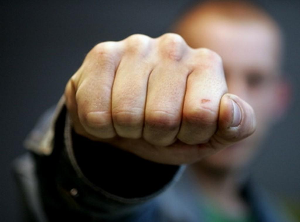 ВПушкине охранник «Пятерочки» избил покупательницу, необнаружив унее «украденный» сыр