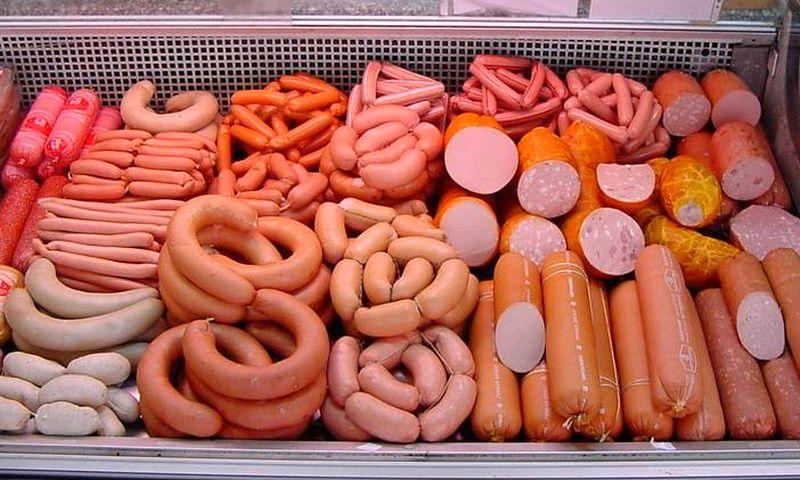 Вредное и аппетитное: вРФ предлагают ограничить потребление сыра иколбасы