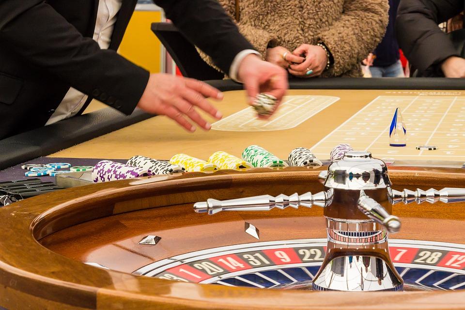 Новокузнечанин открыл вцентре города нелегальный азартный клуб
