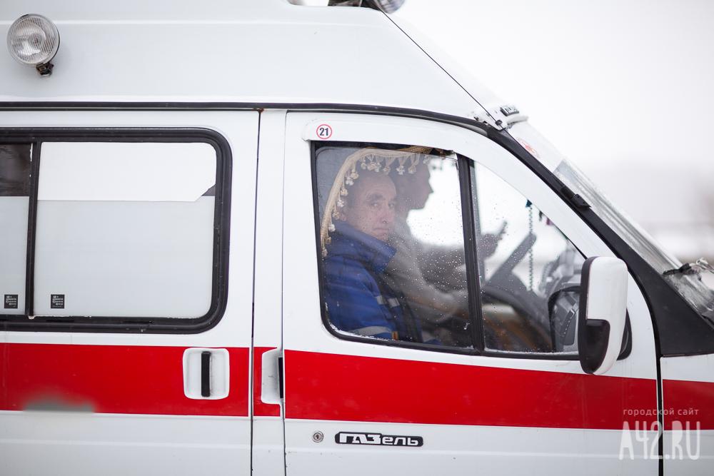 ВКузбассе шофёр микроавтобуса насмерть сбил 18-летнего подростка