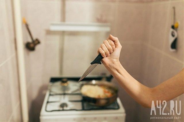 ВАнжеро-Судженске тёща вонзила нож вспину зятя