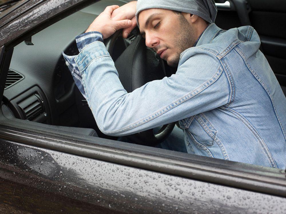 Исследование Форд показало, что каждый третий шофёр в Российской Федерации засыпал зарулём
