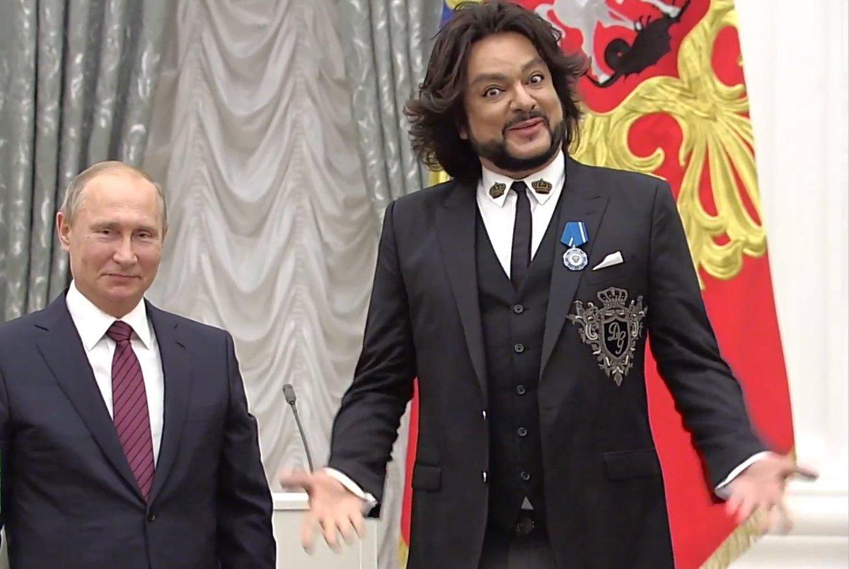 Филипп Киркоров считает, что Путин слушает музыку для настроения
